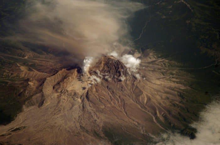 Вулкан Шивелуч, полуостров Камчатка. Фото NASA