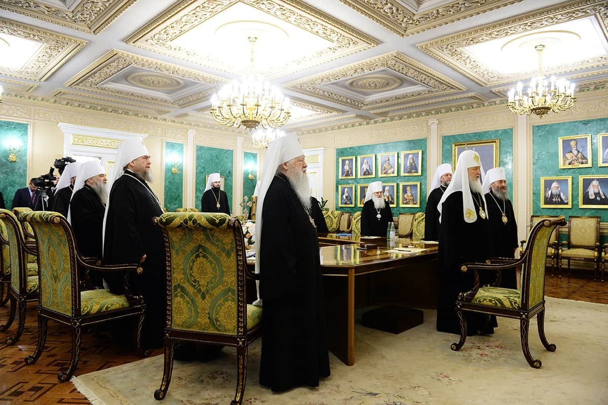 Заявление по итогам экстренного заседания Священного Синода Русской Православной Церкви