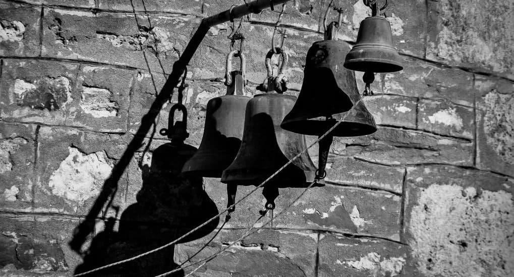 Как молиться, когда звонят колокола?