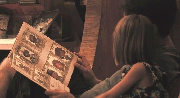 С детьми надо читать каждый день интересные им книги, - детский психолог