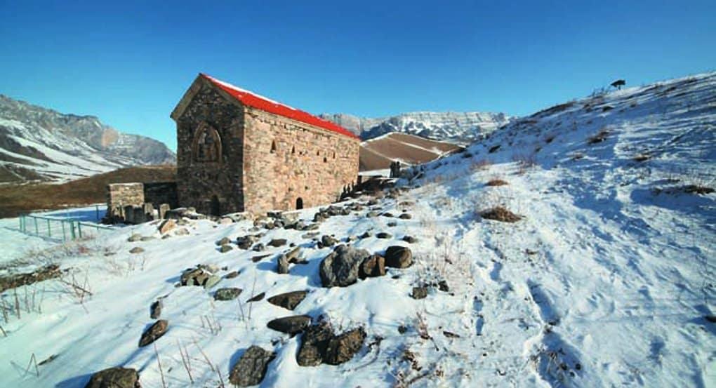 Глава Ингушетии хочет видеть на новых купюрах древнейший храм России