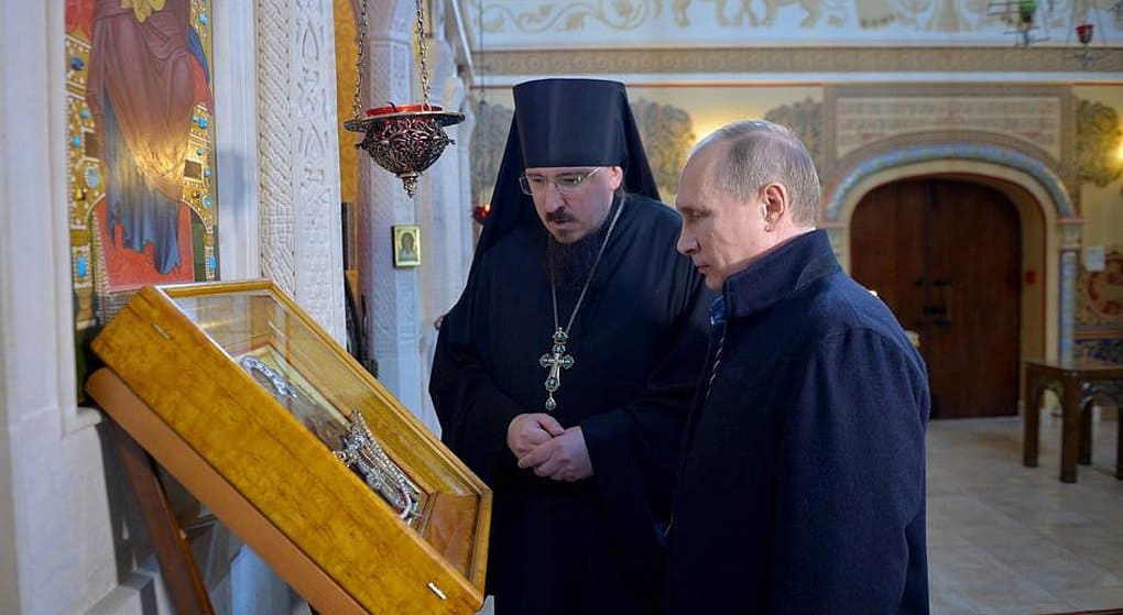 Владимир Путин подарил храму при детском медцентре икону с Афона