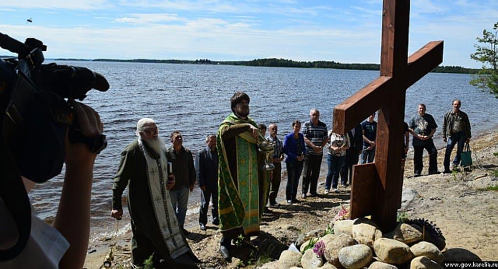 Поклонный крест в память о погибших детях установили на Сямозере
