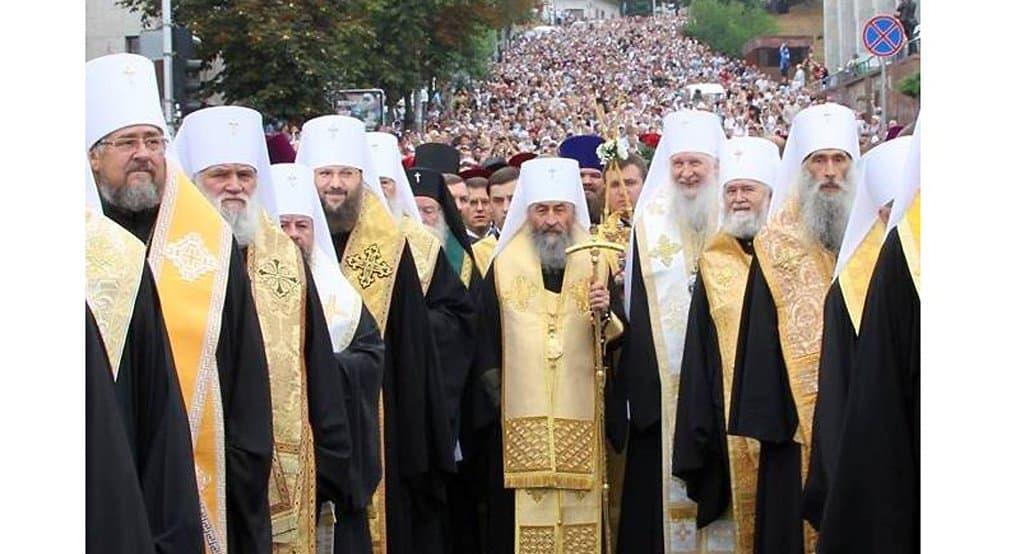 По Украине пройдет крестный ход с двумя иконами Богородицы