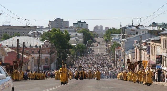 Госдума отказалась запрещать крестные ходы и уличные богослужения без разрешений