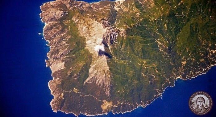Уникальное фото Афона с орбиты Земли сделал российский космонавт