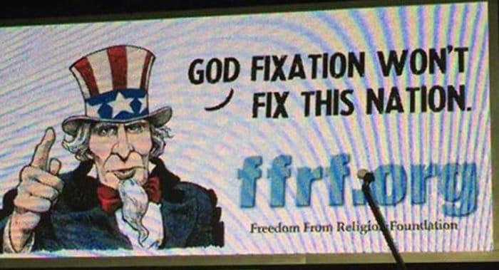 Билборд атеистов не простоял в одном из городов Миссисипи и недели