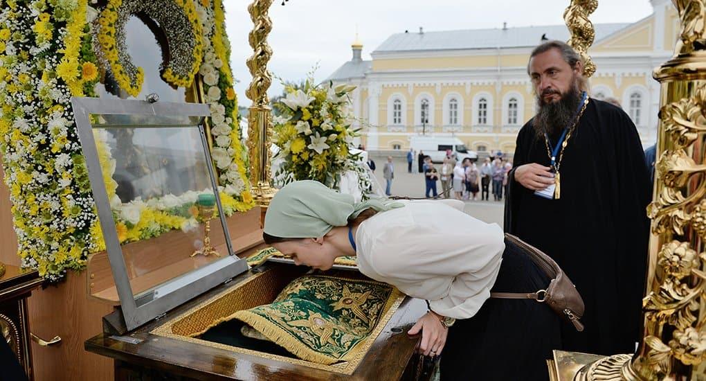 Северной Осетии подарят икону с частицей мощей Серафима Саровского