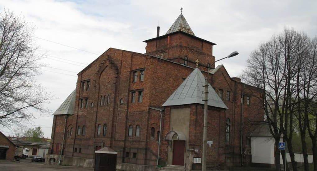 Храм преподобного Серафима Саровского в Старом Петергофе