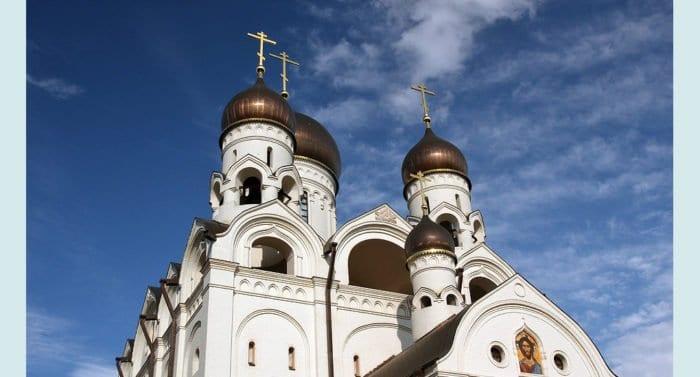 Храм преподобного Серафима Саровского в Раеве