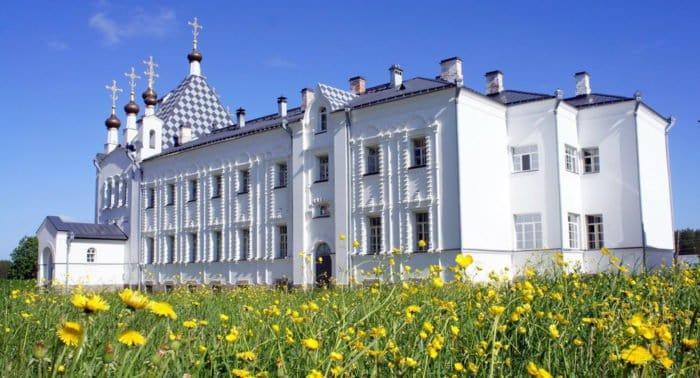 Спустя век в храме Веркольского монастыря совершили Литургию