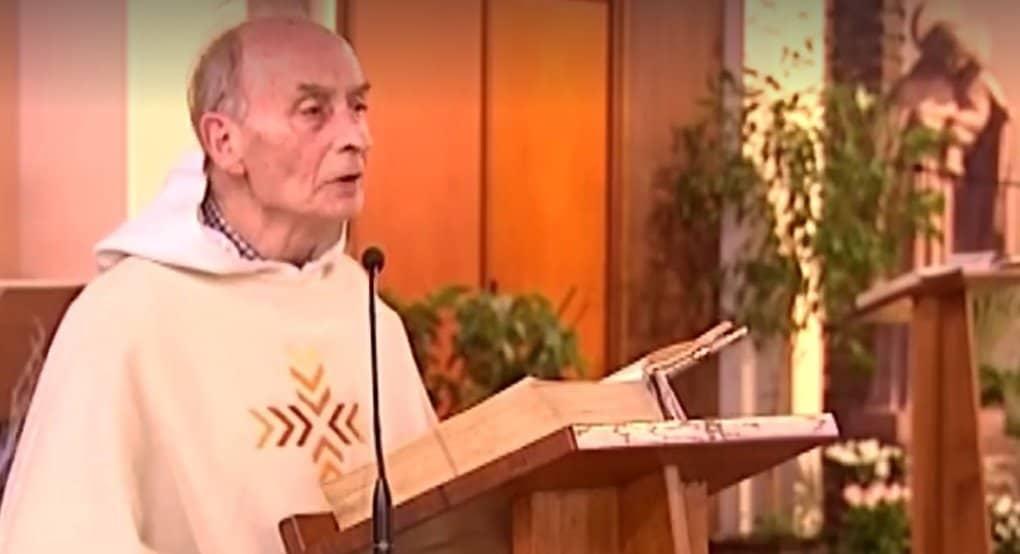 В память об убитом французском священнике спели псалом «Не погуби»