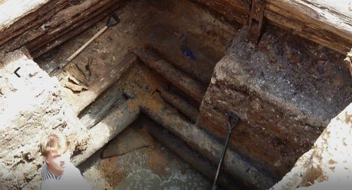 Колодец XVII века обнаружили при реставрации московского монастыря