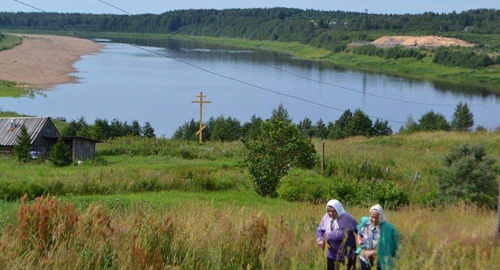 На месте бывшего архангельского концлагеря установили крест памяти