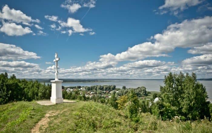 Поклонный крест на горе Балчуг. Галич. Florstein_вики