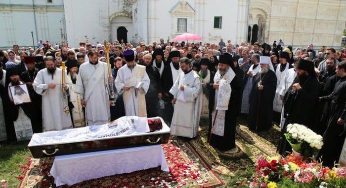 Убитого игумена Даниила (Соколова) похоронили в его родной обители