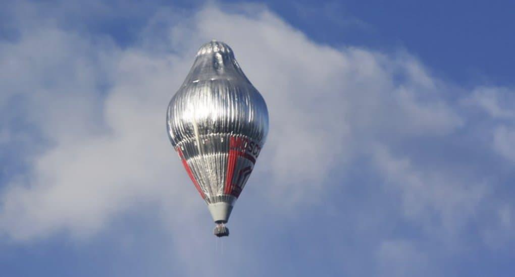 Отец Федор Конюхов установил рекорд высоты полета на воздушном шаре, а теперь идет к финишу