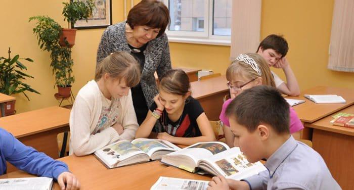 Московская школа-интернат приглашает детей с особенностями развития получить среднее образование
