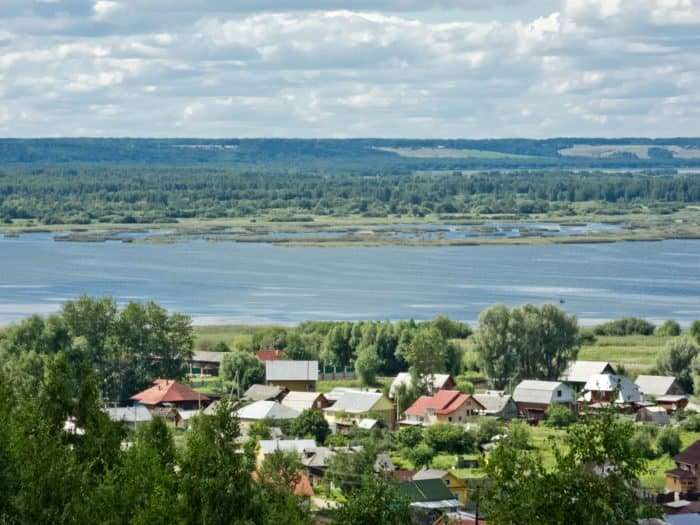 Вид с горы Балчуг в городе Галиче Костромской области. Из открытых источников