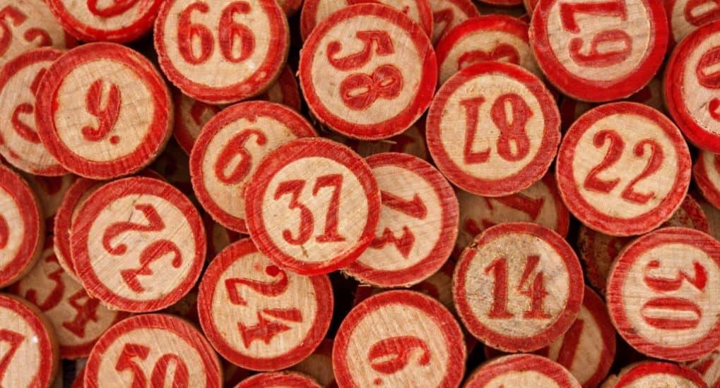 играть в лотерею i на деньги