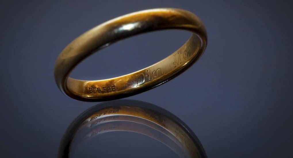 Муж потерял кольцо на кладбище. Что делать?