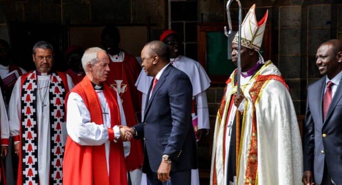 После двух лет дебатов Церковь Англии отказалась признать однополые браки