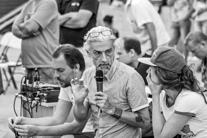 Эдуард Бояков на репетиции горного театрального шоу «Кавказские пленники» вг. Сочи. Фото предоставлено пресс-службой шоу