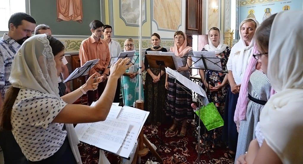 Патриарх Кирилл призвал возрождать народное пение в храмах