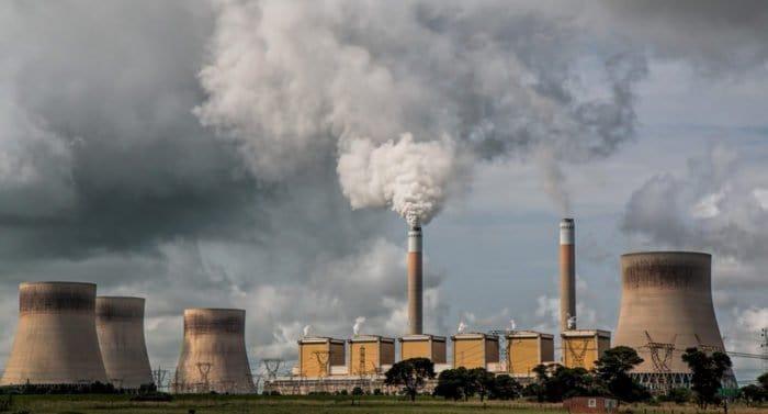 Сибирь, Урал и Дальний Восток названы регионами с самым грязным воздухом