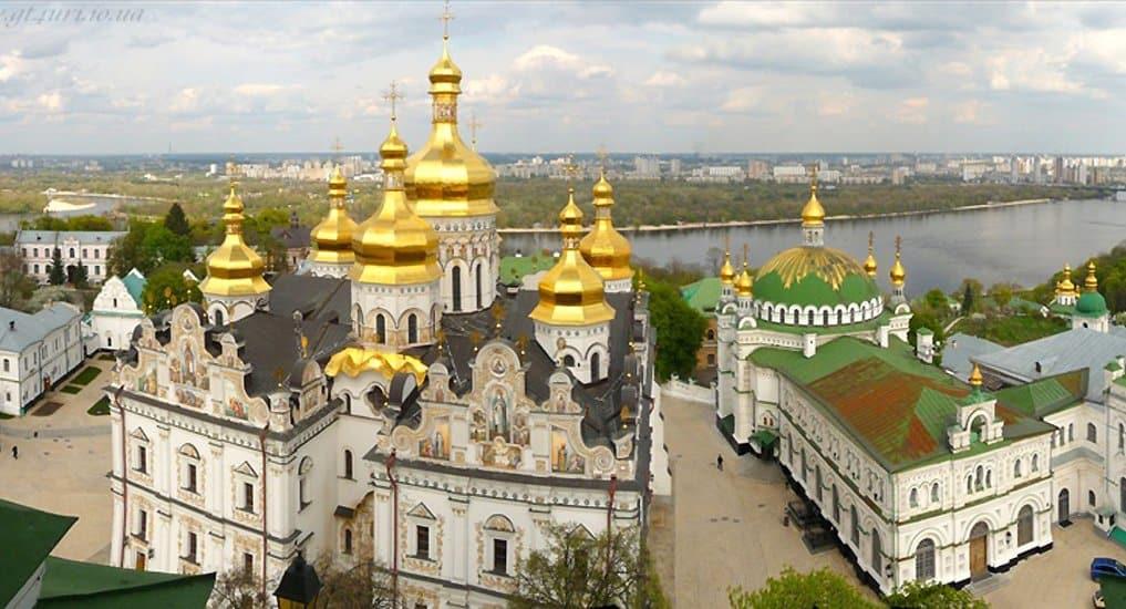 В Минкультуры Украины сообщили, что у Украинской Церкви могут забрать Лавры