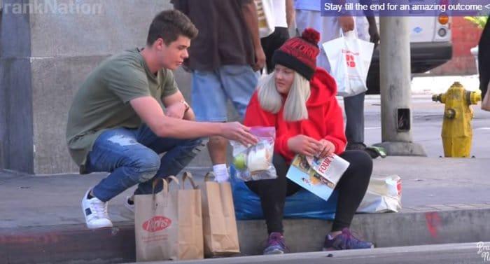 Видеоролик о бездомных помог ребенку найти свою пропавшую маму