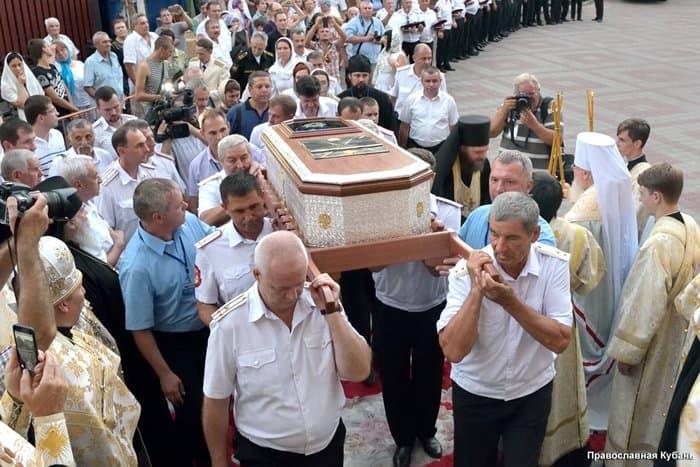 Мощи святого праведного воина Феодора Ушакова были привезены вКрым