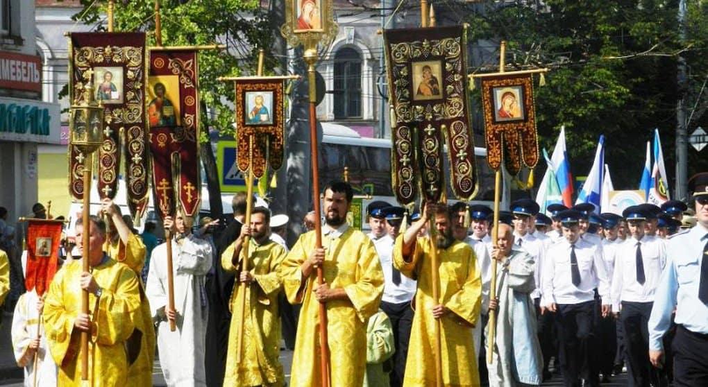 Мощи праведного Федора Ушакова в Рыбинске встретили всем городом