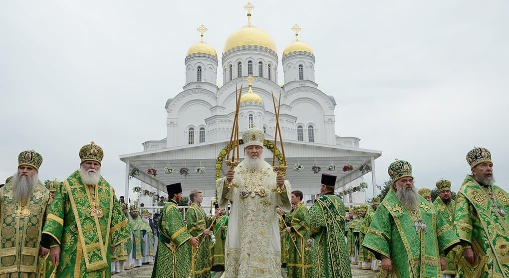 Русский народ вернулся к Богу, в том числе, и по молитвам Серафима Саровского, - патриарх Кирилл