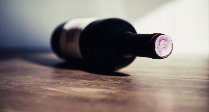 В Церкви поддержали инициативу Минздрава о запрете продажи алкоголя лицам младше 21 года