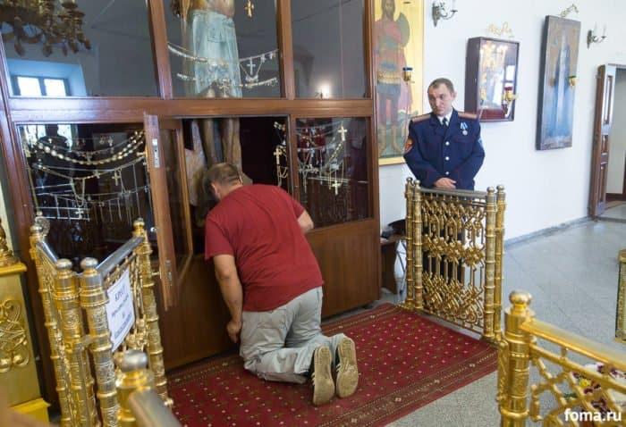 Поклонение Годеновскому Кресту. Фото Юлии Маковейчук