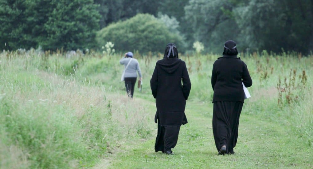 Может ли монах отказаться от послушания?