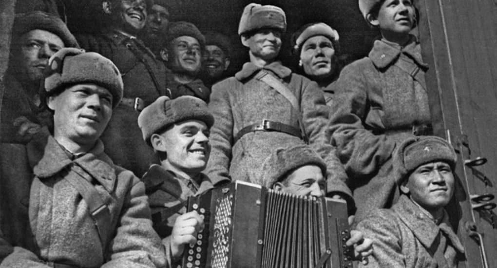 8 героев, не сдавших Москву