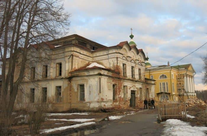 В Спасо-Суморином монастыре