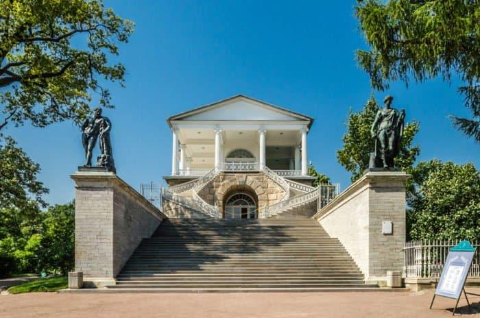 Камероновская галерея в Екатерининском парке Царского села. Фото Florstein_wiki