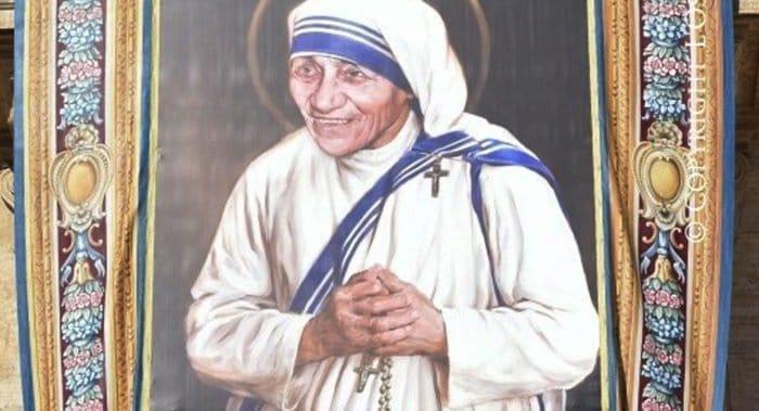 Католики канонизировали мать Терезу Калькуттскую