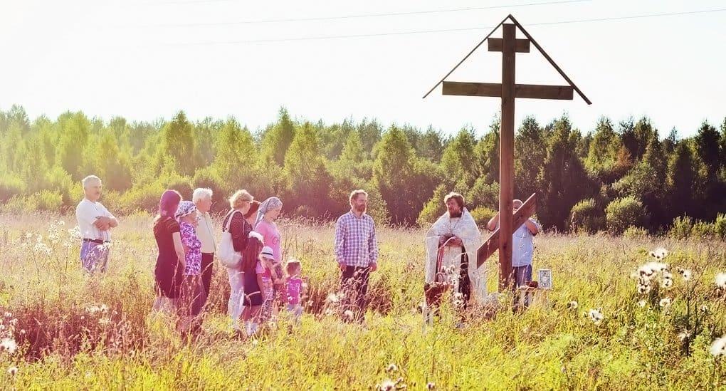 В условиях экологического кризиса первая реакция Церкви – молитва, - протоиерей Димитрий Рощин