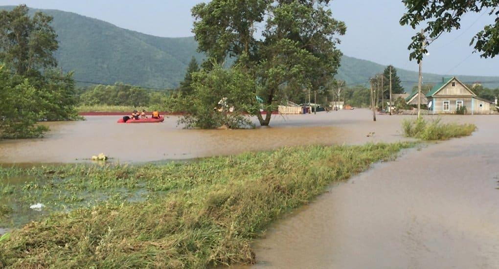 Первые 2 тонны помощи доставила Церковь пострадавшим от наводнения в Приморье