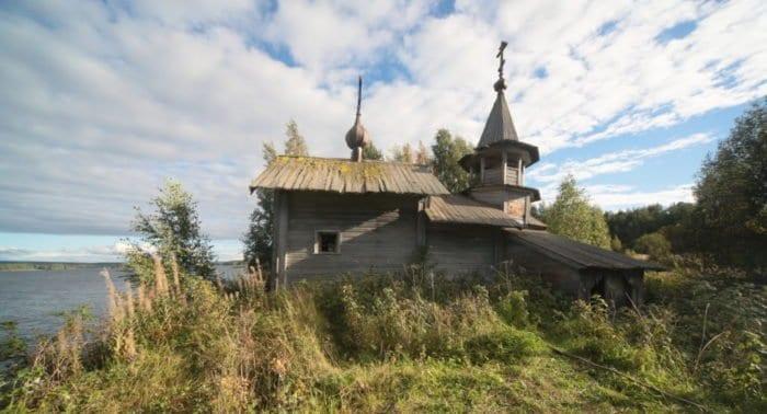 Храмы, у которых нет настоятеля