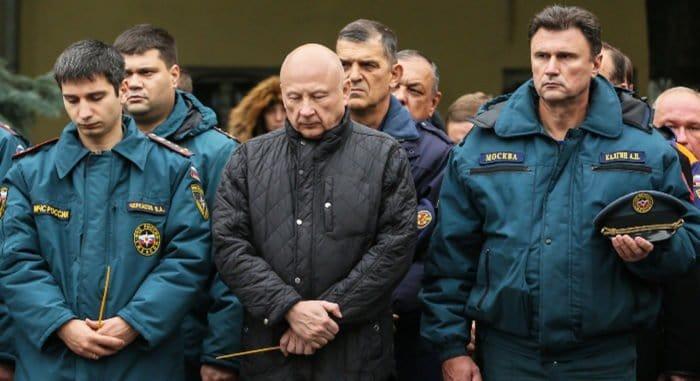 В Москве помолились о погибших на Амурской улице пожарных