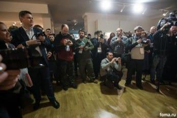 2016-10-25-a23k2705-moskva-vis-den-tretii-fotovyistavka-s_f
