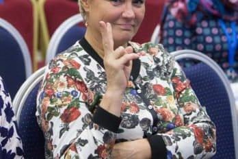 2016-10-25-a23k3076-moskva-vis-den-tretii-dostal-s_f