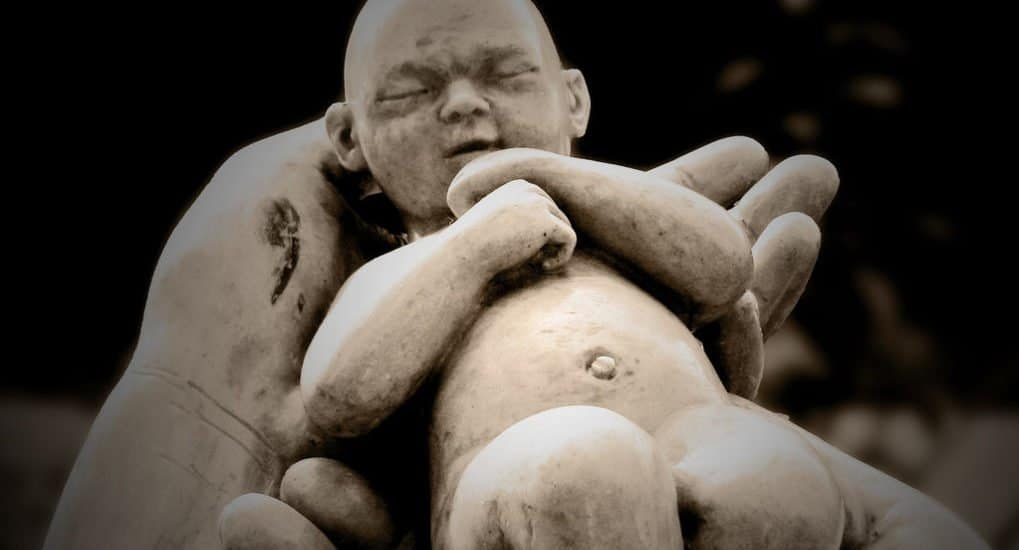 Как молиться за абортированных младенцев?