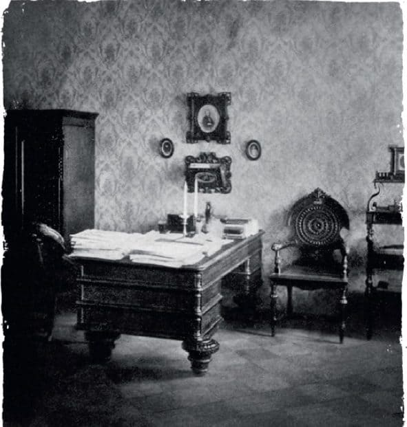Dostoevsky's office in the last Petersburg apartment