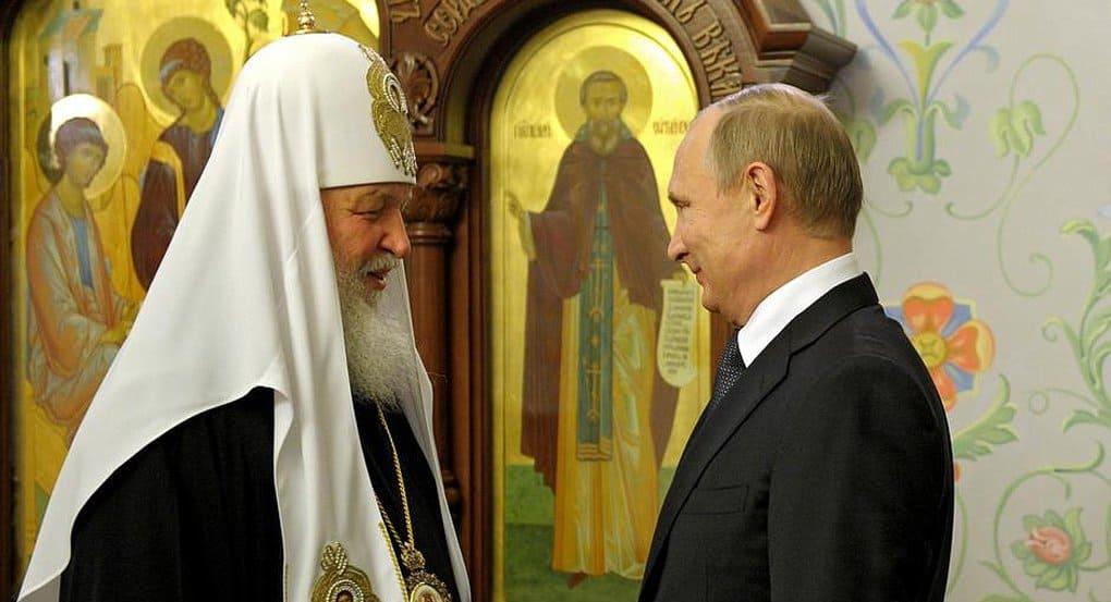 Патриарх отметил вклад Владимира Путина в возрождение разрушенных святынь